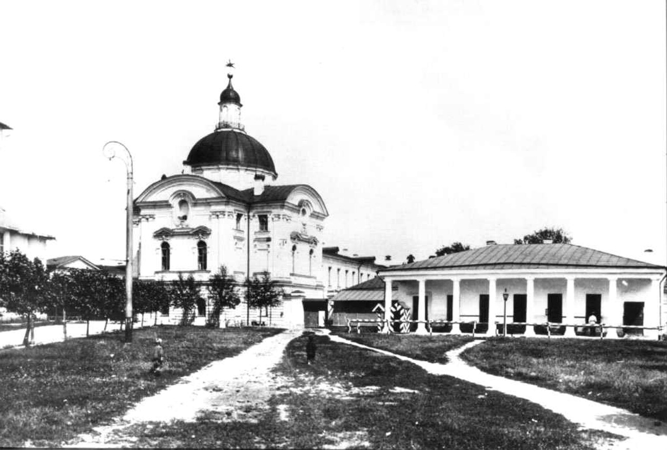 エカテリーナ2世の旅の宮殿=アーカイブ写真