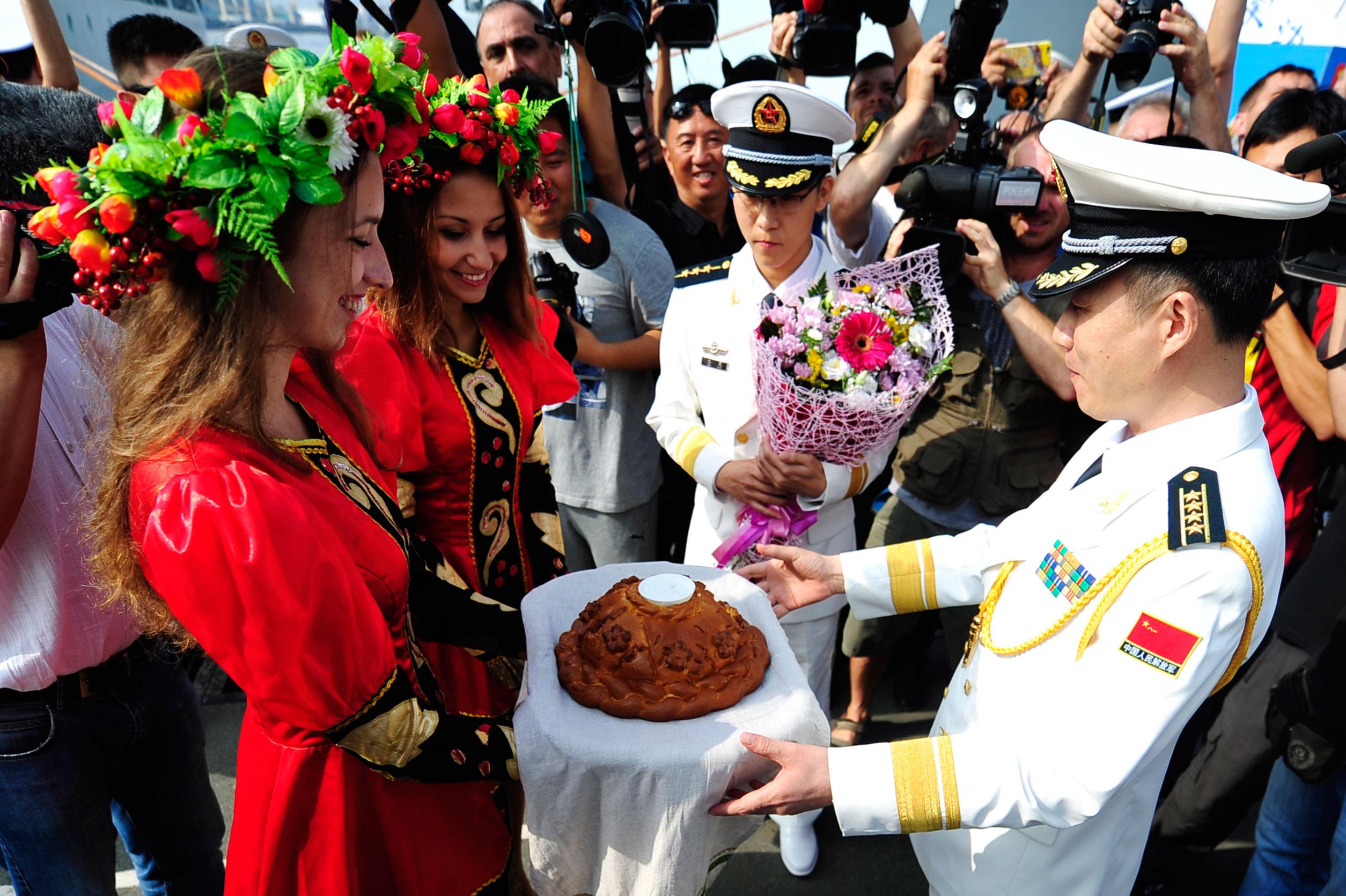 Rusia dan Tiongkok Gelar Latihan Militer Bersama dekat Vladivostok