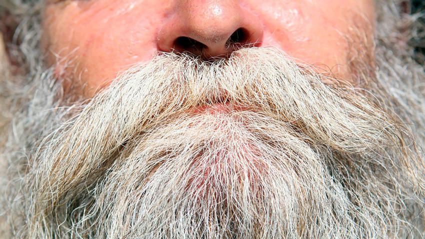 Кон крајот на XVII век руските болјари сѐ уште носеа долги бради.