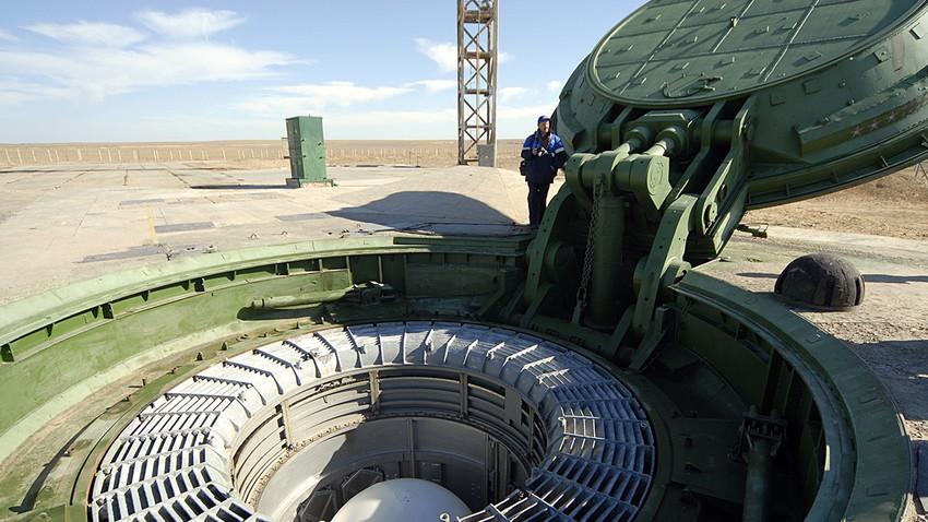 Misil ini diluncurkan dari kosmodrom utara di Plesetsk, Arkhangelsk.