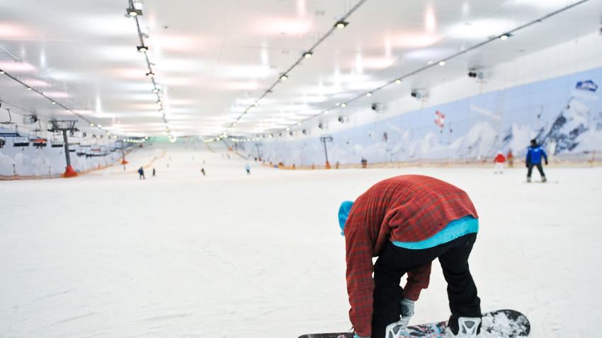 「スネジ・コム」屋内型スキー・リゾート