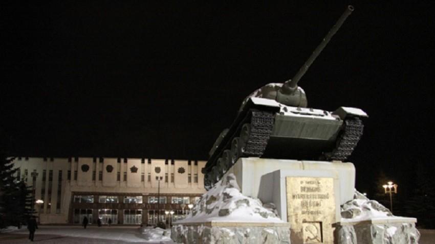 Т-34 на платформа