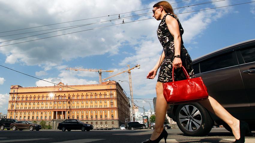 Participação de russas na política ainda é tímida, embora esteja na média