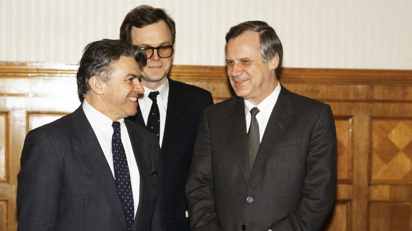 Chairman of the USSR Council of Ministers and member of Politburo of the Communist Party's Central Committee Nikolai Ryzhkov (right) meeting with Interpol President Ivan Barbot (left) at the Moscow Kremlin, 1990.