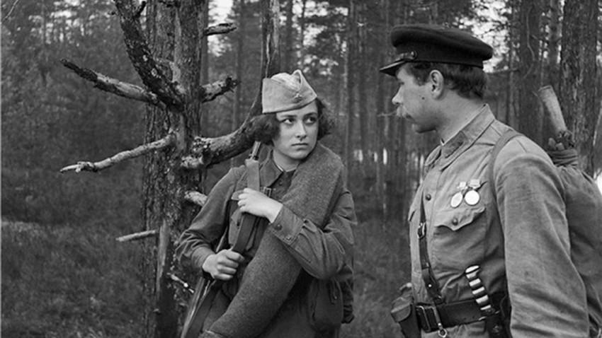 """Cena do filme """"Auroras Nascem Tranquilas"""" (1972)"""