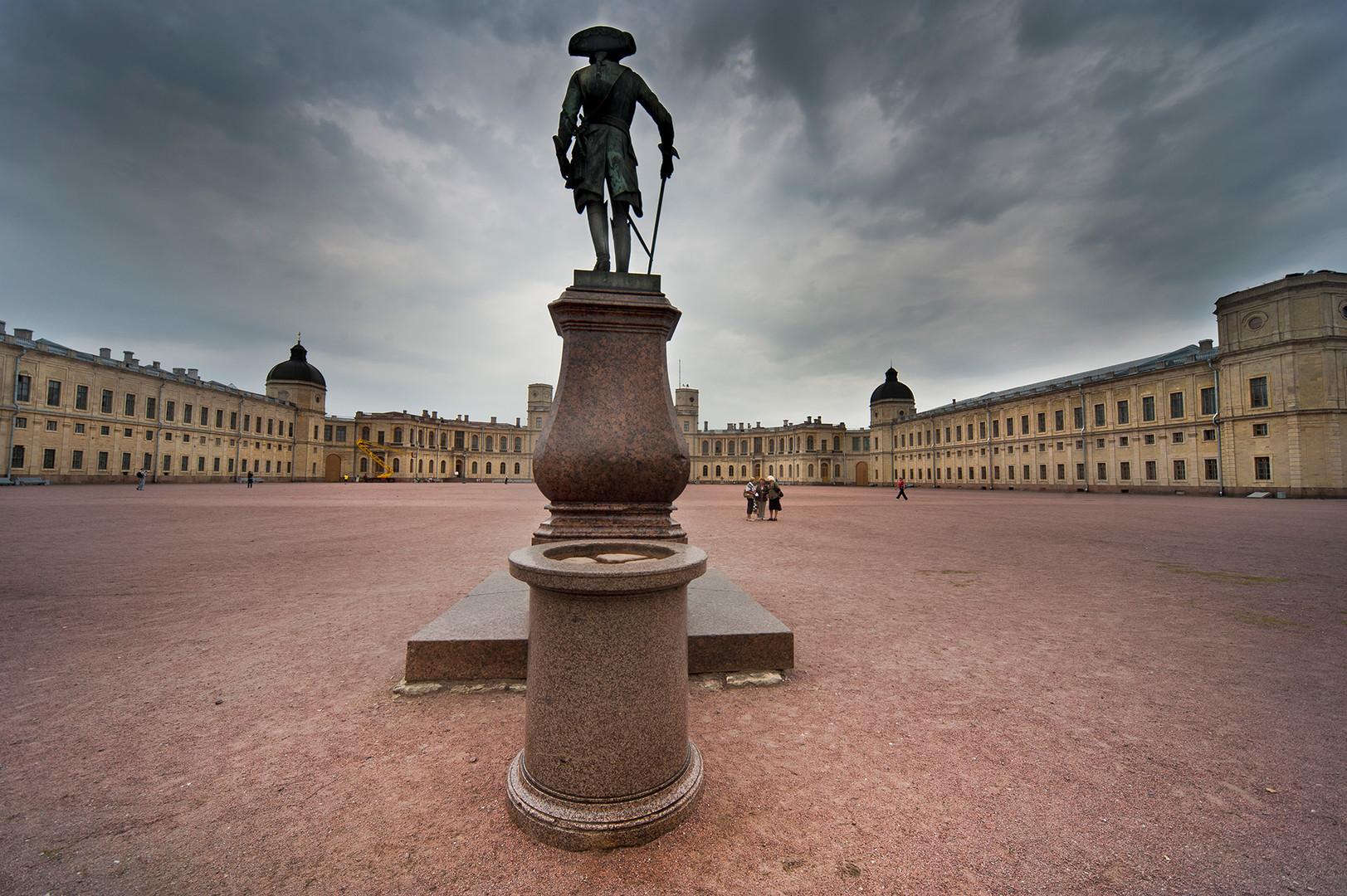 Reiterstandbild in Gattschina bei Sankt Petersburg
