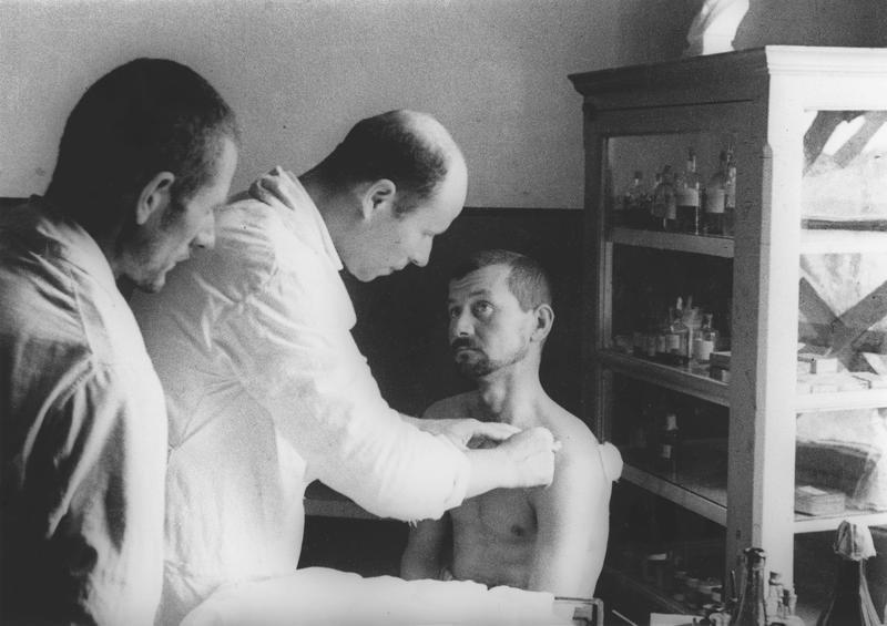 Rumunjski zarobljenici u logoru u Odessi u kolovozu 1941.