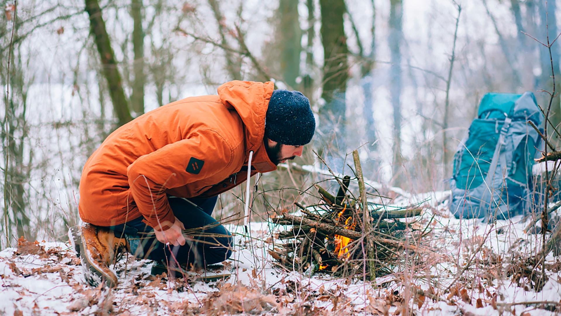 Preživljavanje zimi usred šume