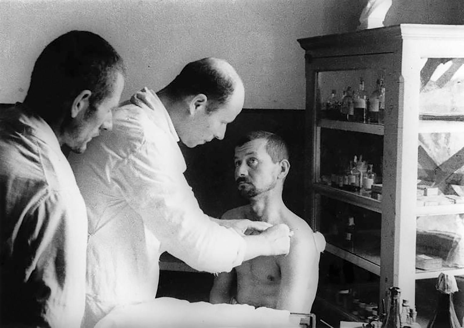 Романски заробеник во Одеса, август 1941.