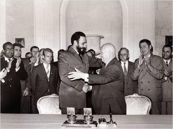 Fidel Castro in Nikita Hruščov