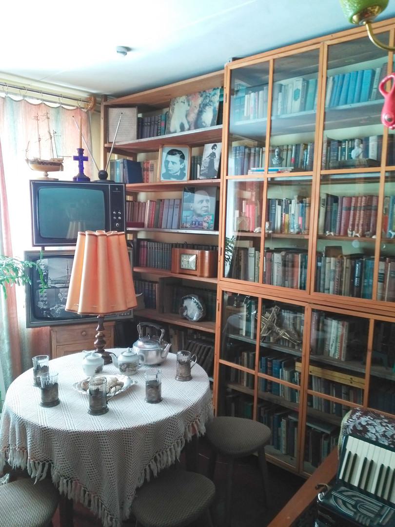 Ентеријер музеја Вадима Козина у Магадану.