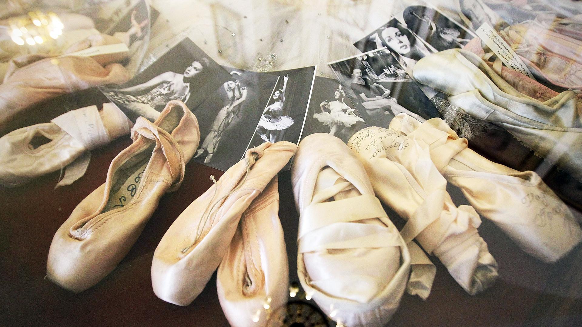 Display of the Vaganova Ballet Academy museum.