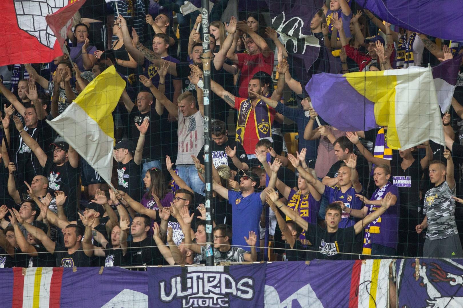 Ruski športni komentatorji izpostavljajo prednost domačega igrišča in polne tribune navijačev kot pomembna dejavnika v prid Mariboru.