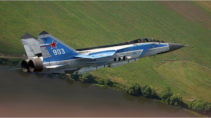 Nadzvočni lovec-prestreznik MiG-31.