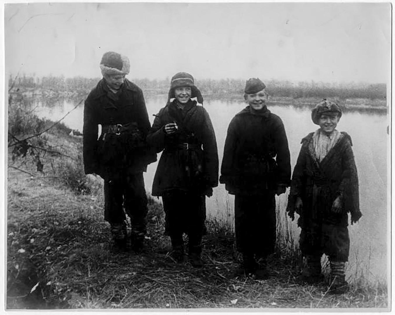 Децата на войната, 1943 г.