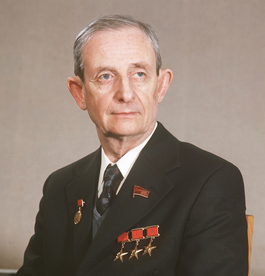 Fizik Julij Hariton, eden od vodij projekta sovjetske atomske bombe.