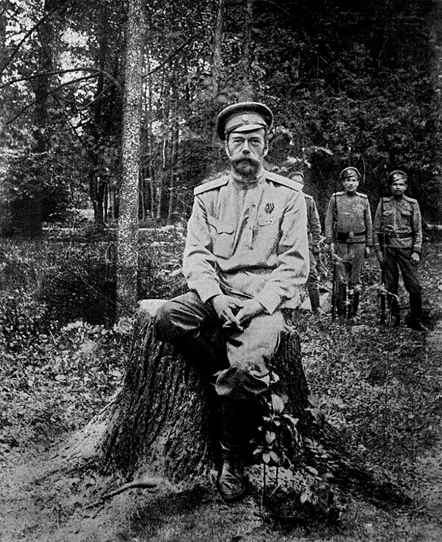 Николај II. Архивска фотографија.
