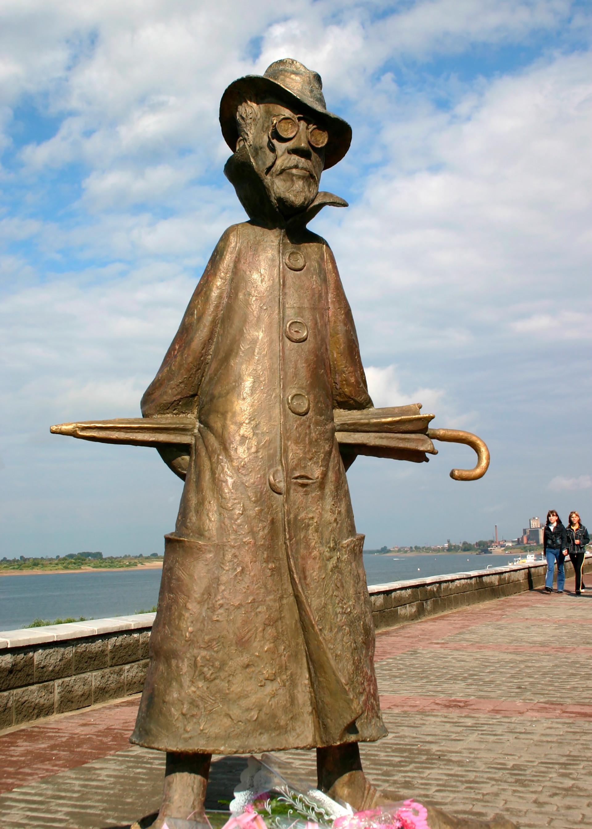 Nach einer Reise nach Sachalin machte Tschechow auch Station im sibirischen Tomsk. Seit 2004 hat die Stadt darum nun ein unikales Tschechow-Denkmal: