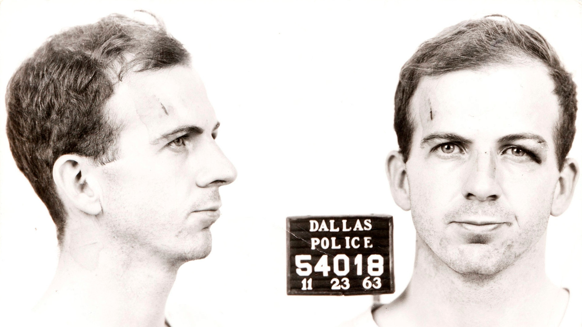 Ficha de arresto de Lee Harvey Oswald.