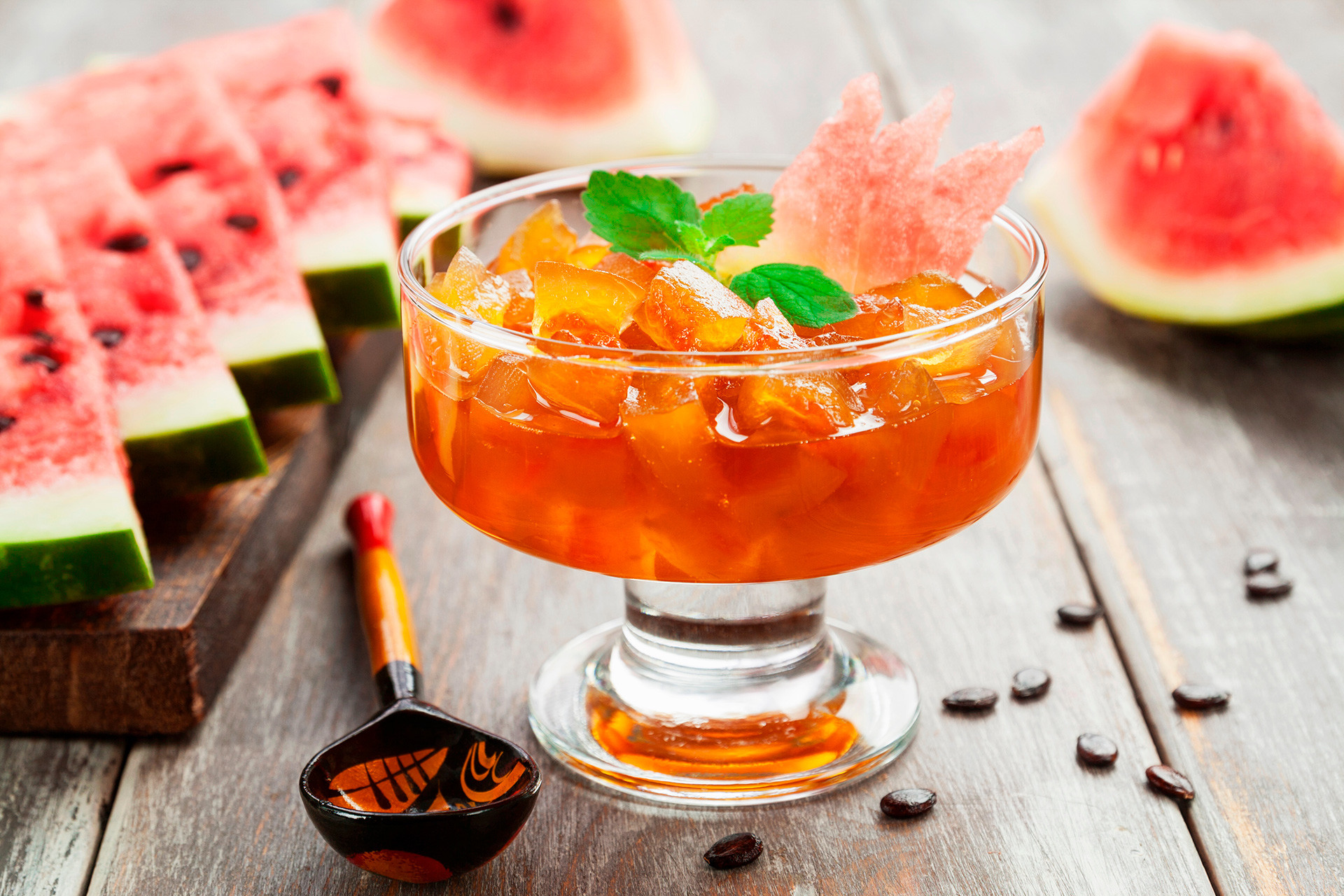 How to make jam from watermelon peels, carrots and cones