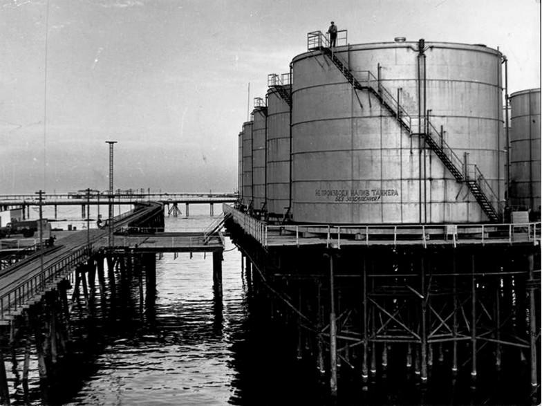Skladišče nafte na morju, 1959, Azerbajdžanska SSR