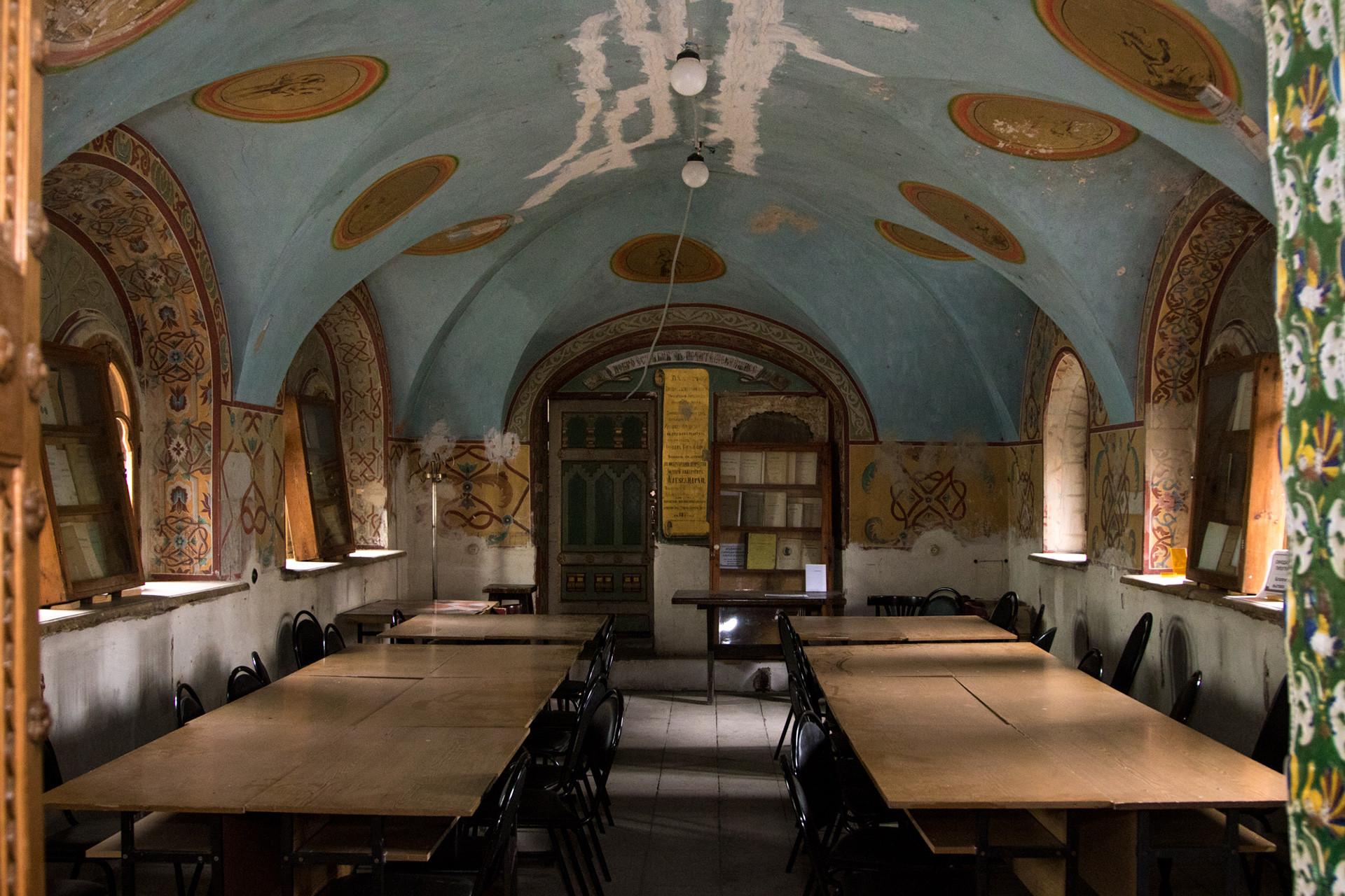 Die Zimmer wurden 1875 mithilfe von Originalbildern und Fliesen restauriert.