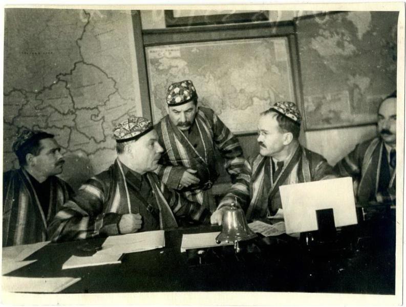 Климент Ворошилов, Йосиф Сталин, Вячеслав Молотов