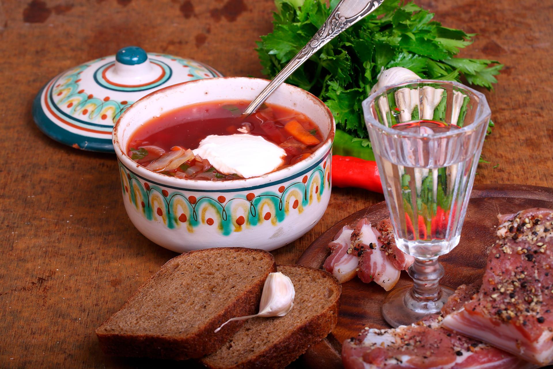 Borsch é a sopa número 1 dos cardápios no país