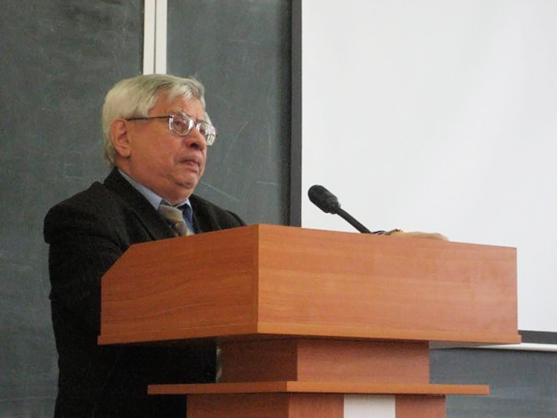 Albert Chernenko.