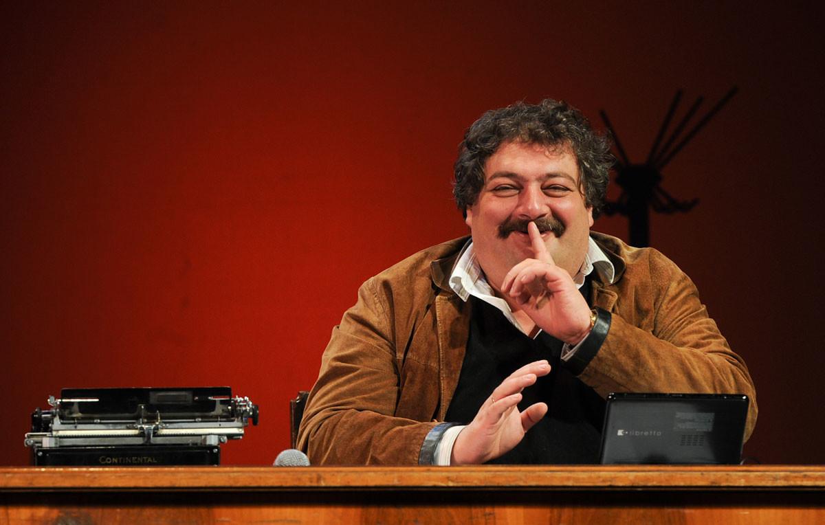 Bíkov é um dos escritores mais badalados da Rússia contemporânea e ativista político.