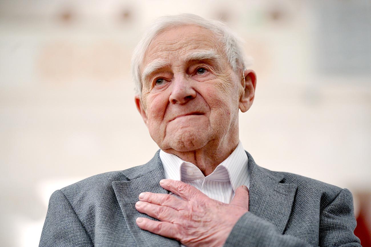 """Em seu """"Blokádnaia kníga"""", Daníl Grânin traz um relato vívido e documental dos 900 dias do Cerco de Leningrado."""