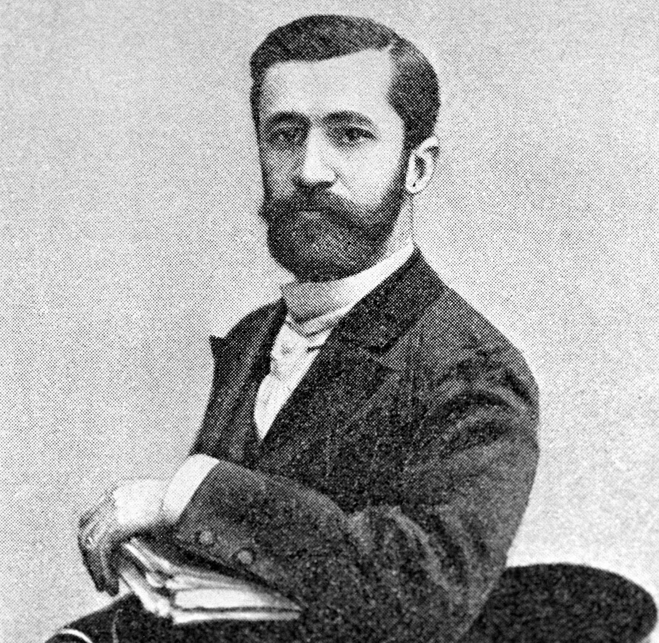 Merejkóvski era amigo de Búnin e tinha uma revista sobre literatura dissidente emigrante na França.