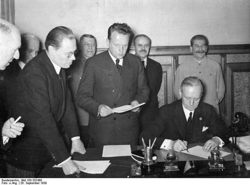 Unterzeichnung des Deutsch-Sowjetischen Vertrags