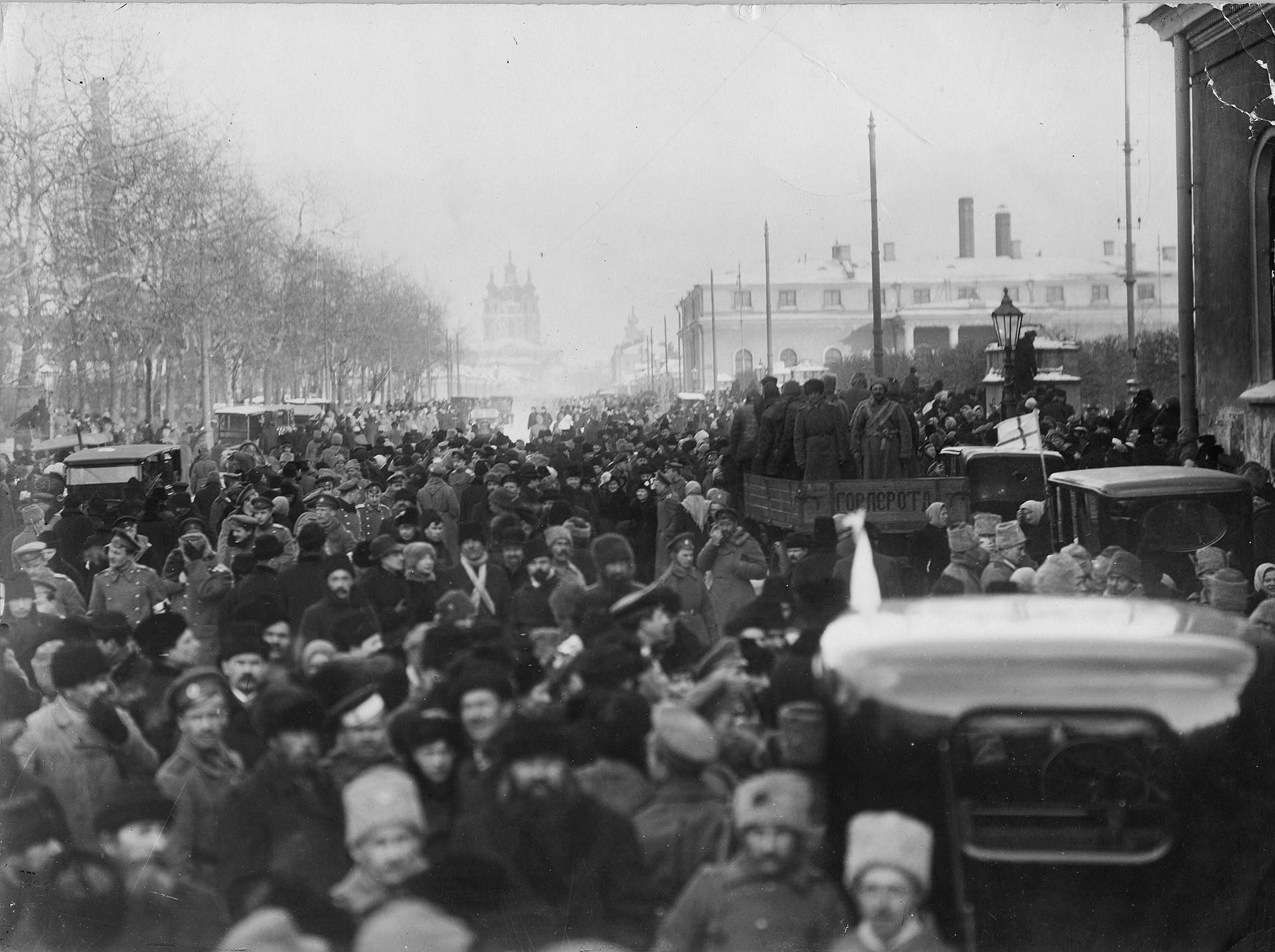 Revolutionary Petrograd (former name of St. Petersburg) in 1918.