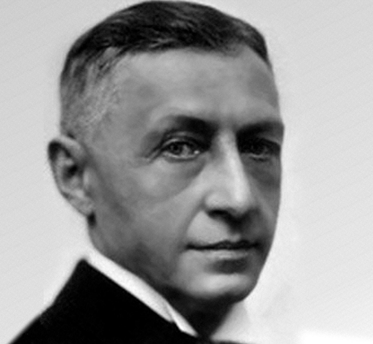 Ganhador do Nobel, Búnin era contrário ao bolchevismo e se exilou em Paris.