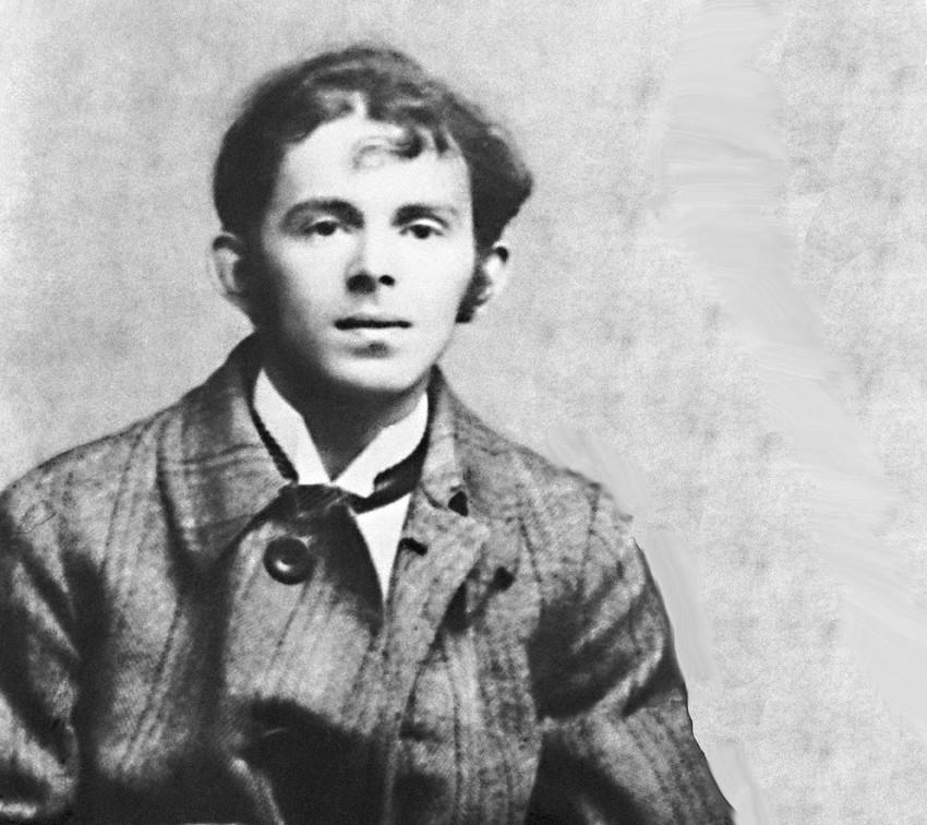 Por seu posicionamento antissoviético, Mandelchtám foi preso e enviado a um campo de trabalho forçado, mas morreu em algum ponto da travessia para o Extremo Oriente russo.