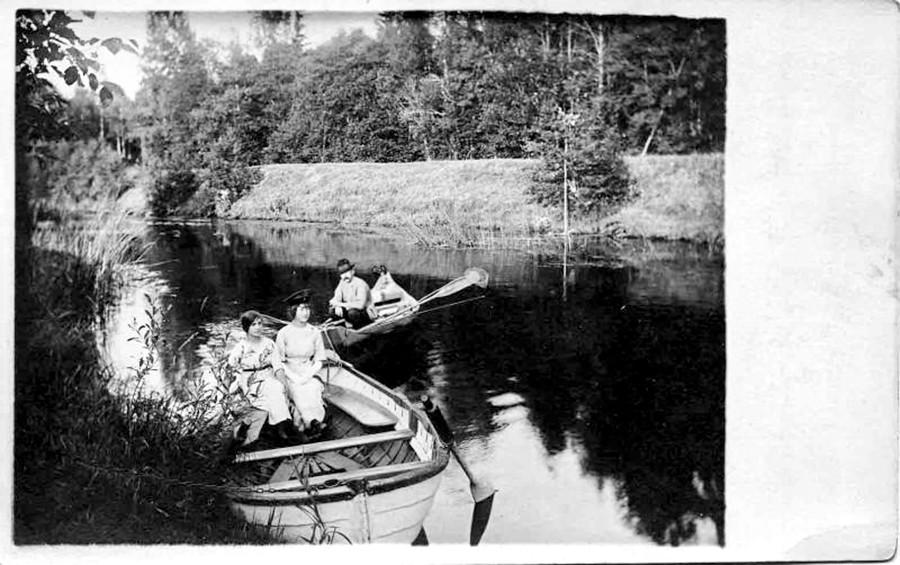 Giro in barca, inizio Novecento