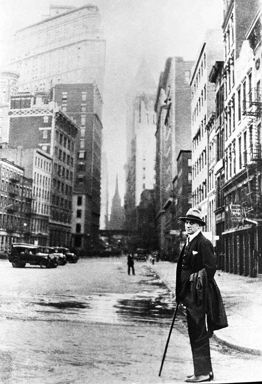 Vladimir Mayakovsky in New York. 1925. Reproduction of the photograph
