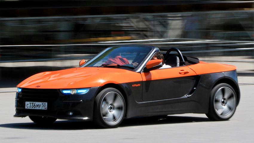 """Спортен автомобил, разработен от Московския държавен технически университет """"Бауман""""."""