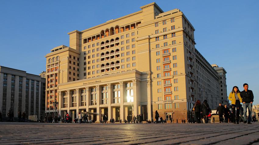 L'hotel Four Season di Mosca, a due passi dal Cremlino