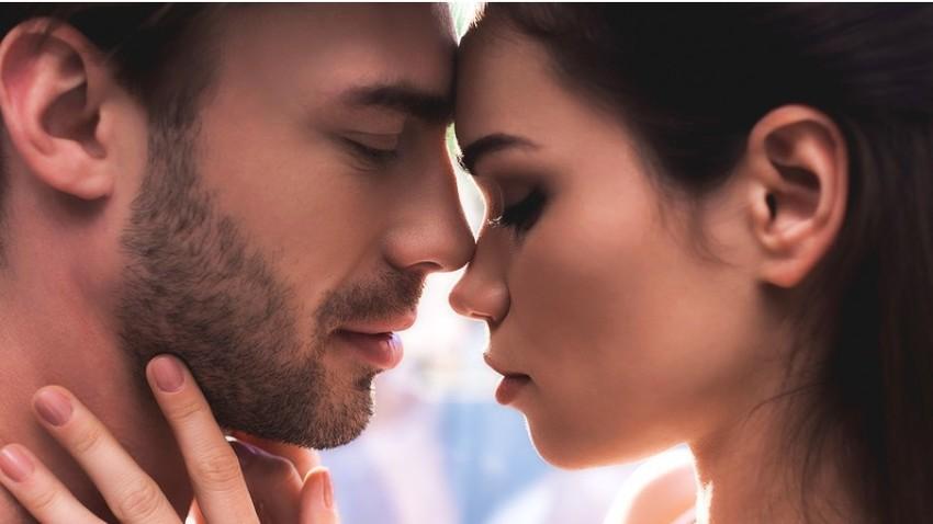 Le nekaj romantičnih besed v ruščini je potrebno, da najdete pot do srca Rusa ali Rusinje.