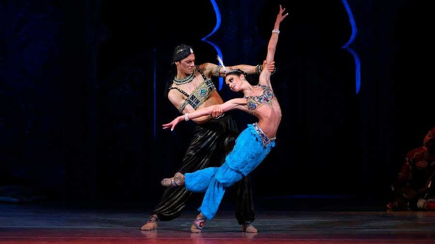Dancers Olga Belik and Yevgeny Ivanchenko perform 'Scheherazade'