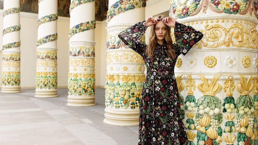 4dd07c4c73483 Dix créateurs de mode russes en vogue accessibles sur la toile ...