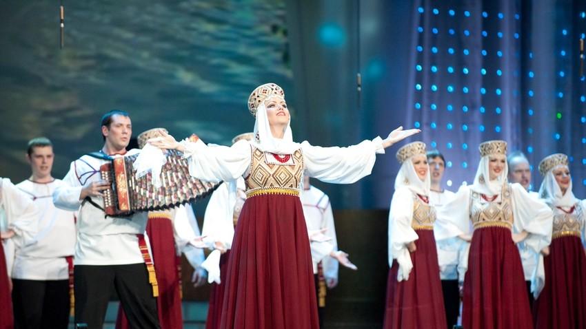 """Државен академски руски народен хор """"М.Е. Пјатницки"""""""