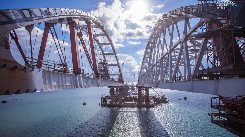 Кримският мост