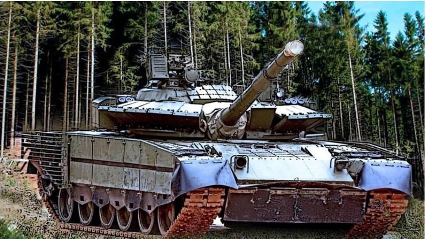 Tank T-80BVM.