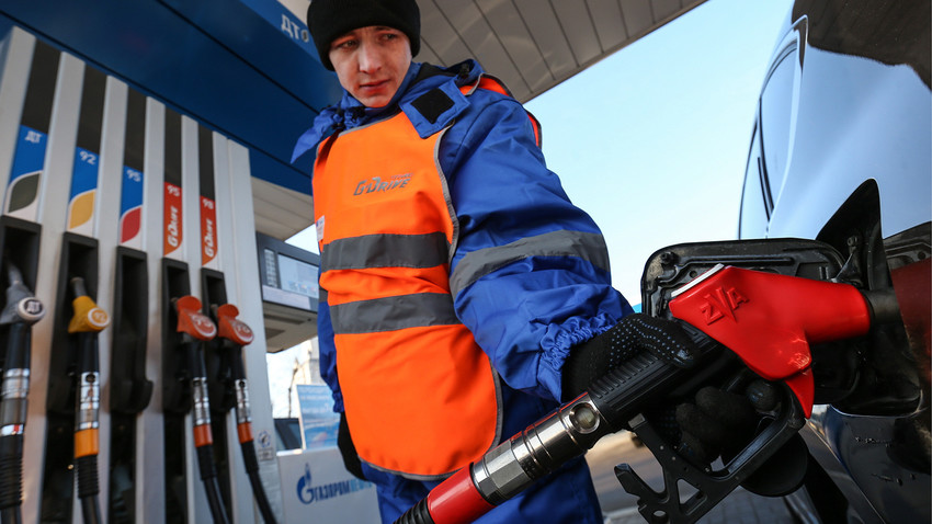 Fueling in Russia is not a piece of cake