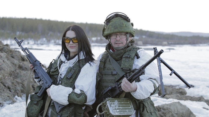 Anna Nedelko dan Pavel Selin.