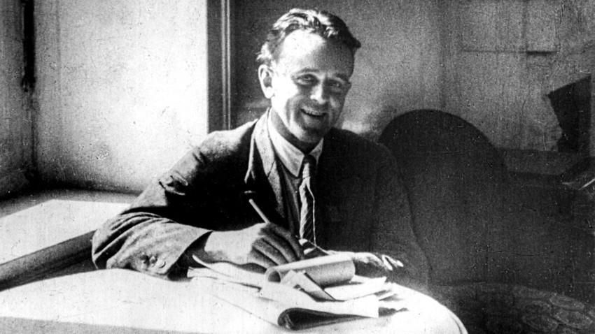 Американскиот револуционерен писател и репортер Џон Рид во Москва, СССР, околу 1920 година.