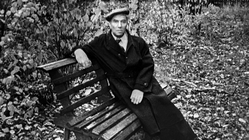 Boris Pasternak in Peredélkino, 1958.